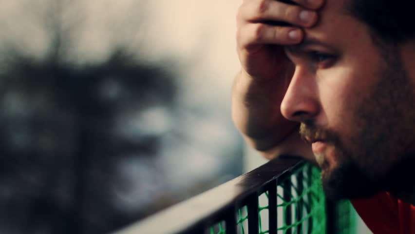 صورة عبارات حزن : أقوي 100 عبارة حزينه جدا معبرة عن الألم والفراق والهجر والنسيان