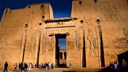 صورة معلومات قيمة عن معبد حورس