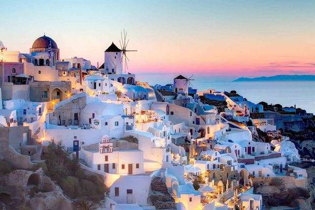 صورة أفضل الأماكن السياحية في اليونان